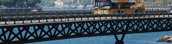 yellow city cruises in Porto